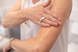 Menopause specialists warn against compounded  HRT | Newson Health
