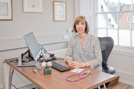 Reasons why women need a menopause doctor ¦ Dr Louise Newson