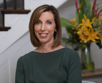 Dr Louise Newson