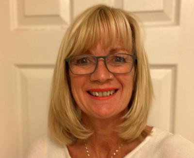 Dr Jacqueline Boden