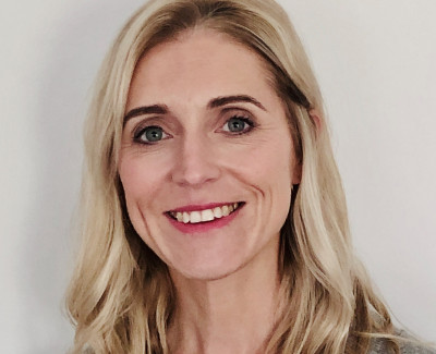 Dr Lindsey Thomas